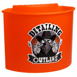 Detailing Outlaws...